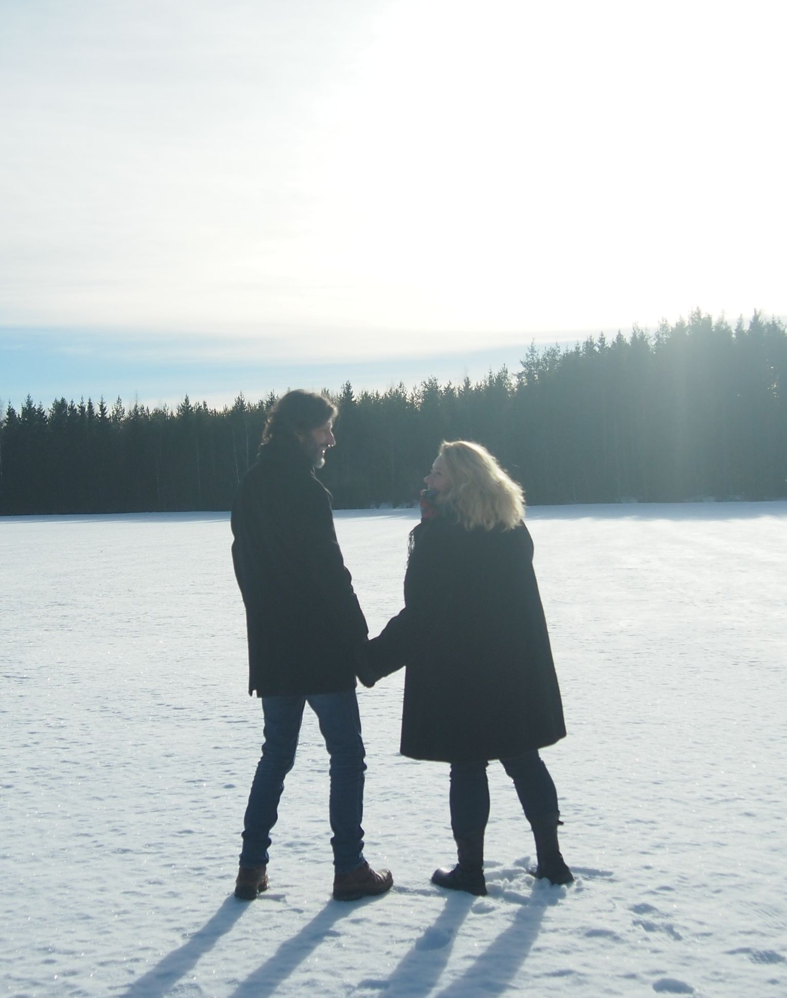 musta dating sites Kanadassa