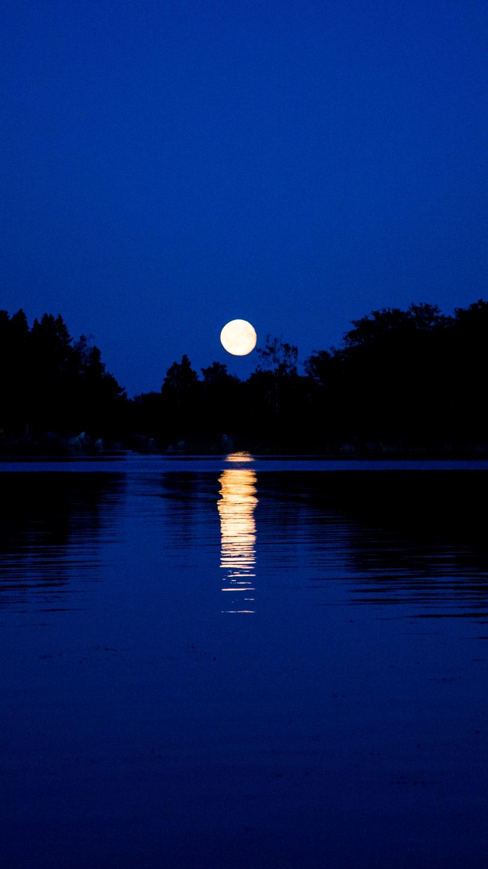 Elokuun ilta saaressa_3