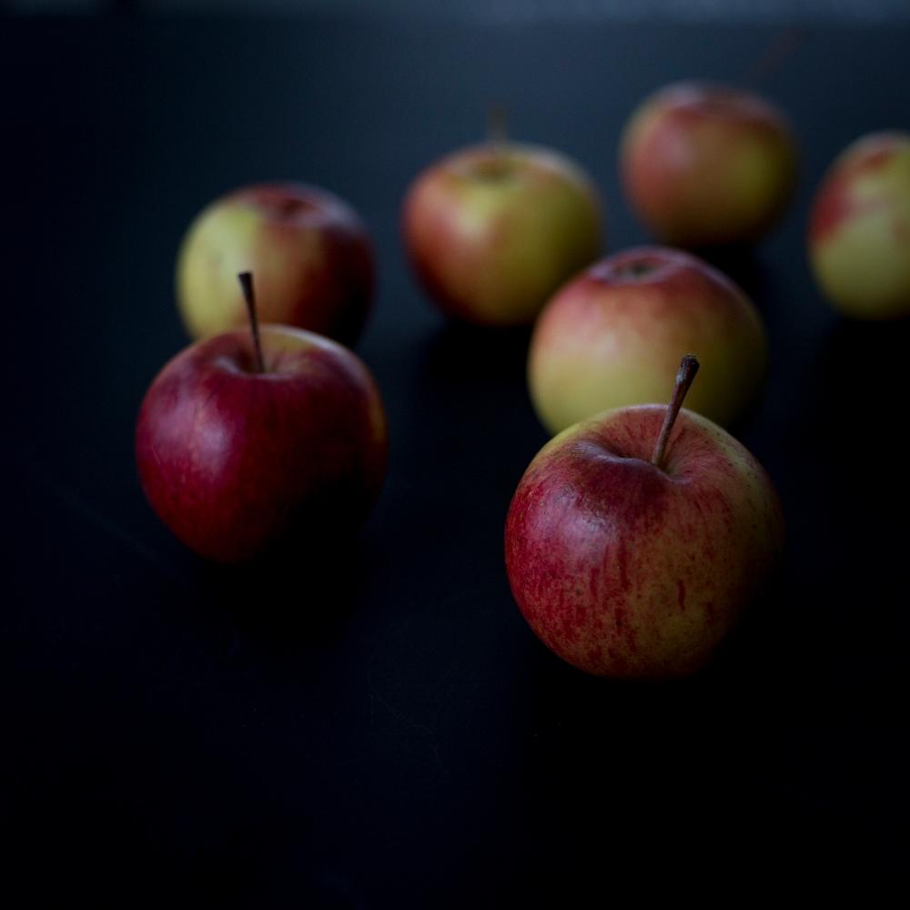 Kotimaisia omenoita_1
