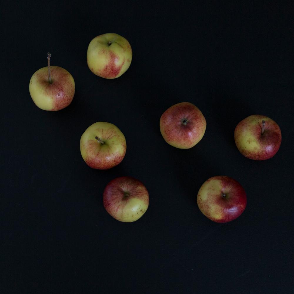 Kotimaisia omenoita_2
